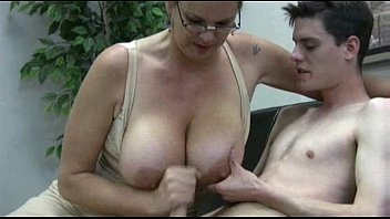hairy milf likes to fuck her trade union cim